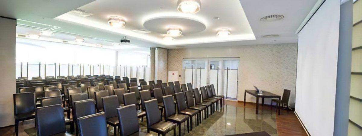 sala konferencyjna hotel symfonia 1 edit 1024x682 1200x450 Spotkanie za ZŁOTÓWKĘ