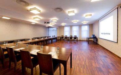 sala konferencyjna hotel symfonia 2 small 400x250 Spotkanie za ZŁOTÓWKĘ